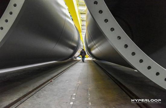 图卢兹研发中心内的轨道管。 图片来源:HTT