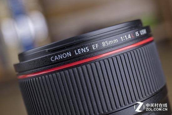 定焦镜头可以提供更好的画质表现