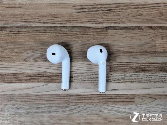 耳机上的按键可以实现接电话和暂停/播放等功能