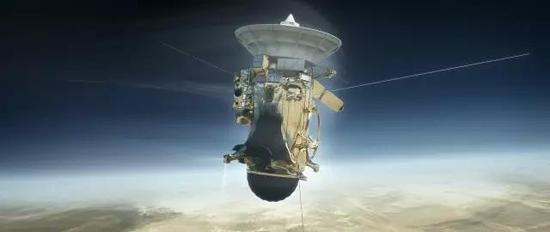 工作到最后一刻的卡西尼号图片/NASA
