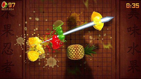 《水果忍者》体感版。