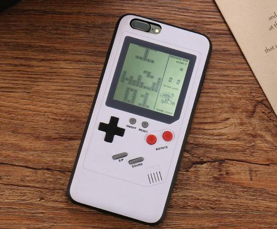 游戏机手机壳(图片来自淘宝)