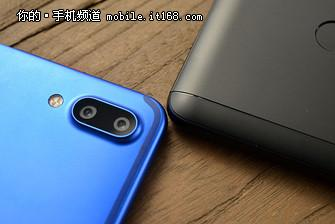 ▲左:魅蓝E3/右:红米Note3