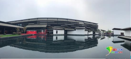乌镇互联网国际会展中心迎来第四届世界互联网大会。中国青年网记者 吴楚 摄