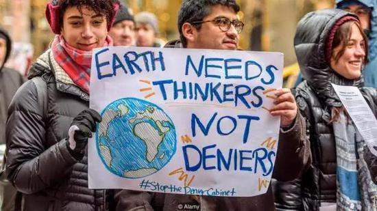 大部分科学家同意气候变暖是由人类造成的(图片来源:Alamy)