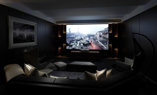 激光电视的百�即笃量梢晕�您的影音室带来电影院的感觉。