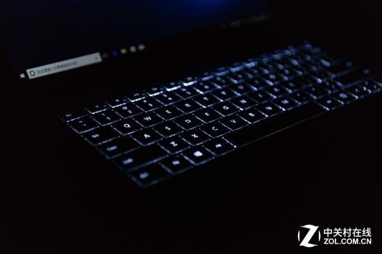 SurfaceBook2为PC业界树立信心