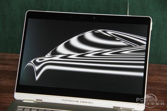 分辨率为3200×1800的触控屏幕