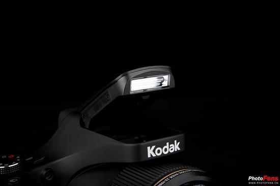 柯达[Kodak]AZ901内置闪光灯
