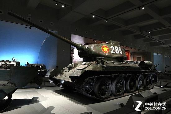 前苏联T-34/85坦克