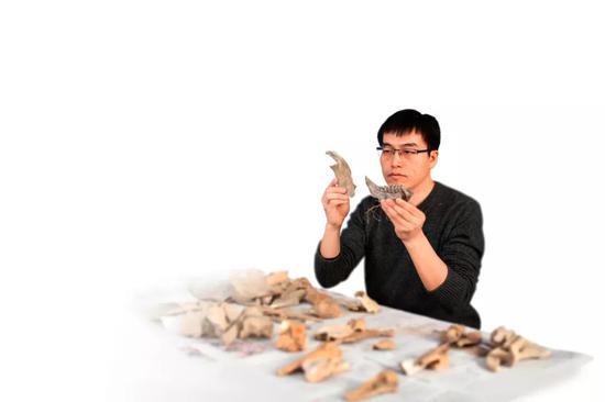 中国社会科学院考古研究所科技考古中心副研究员李志鹏博士(黄宇 摄)