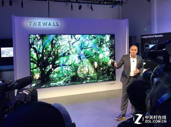 三星TheWall146英寸MicroLED电视