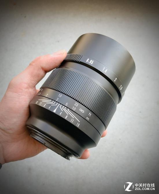 中一光学佳能卡口50mmf/0.95
