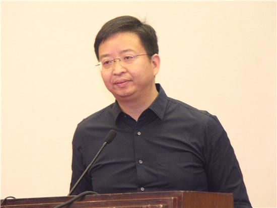 小米生态链谷仓学院创始人洪华