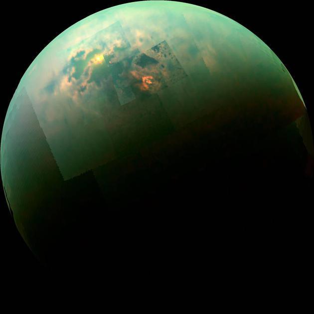 今日是一个值得纪念的日子。12年前的今日,人类进行了历史上最为遥远的登陆行动――将一颗探测器在太阳系第二大卫星:土卫六的表面着陆了