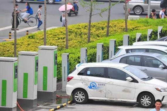 新能源车的普及和价格降低是分时租赁玩家实现盈利最根本的原因之一@视觉中国