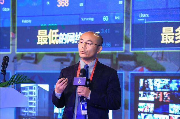 华为公司无线网络产品线副总裁甘斌