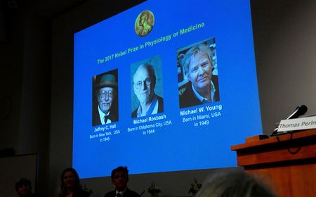 2017年诺贝尔生理学或医学奖授予:杰弗里・C.哈尔(Jeffrey C. Hall)、迈克尔・罗斯巴什(Michael Rosbash)和迈克尔・杨(Michael W. Young),以鼓励他们发现人体生物钟的分子机制。
