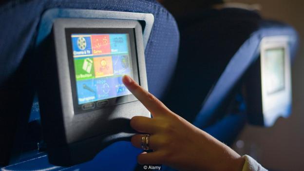 机舱中的环境使人们更加情绪化,在看伤感电影时更容易哭泣。