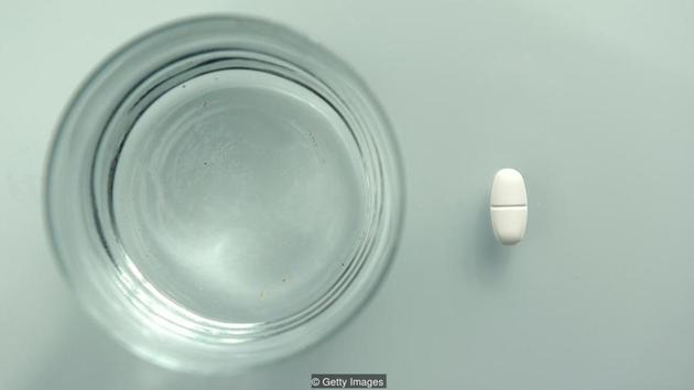 细菌耐药性是我们面临的最迫切的问题之一。抗生素能杀死部分敏感细菌,但总有一些细菌能存活下来、继续繁殖。