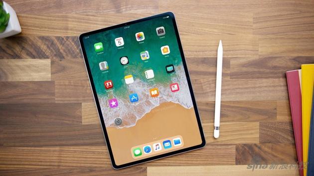 网友根据传言制作的下一代iPad效果图