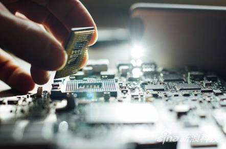 AMD芯片曝光13个安全漏洞