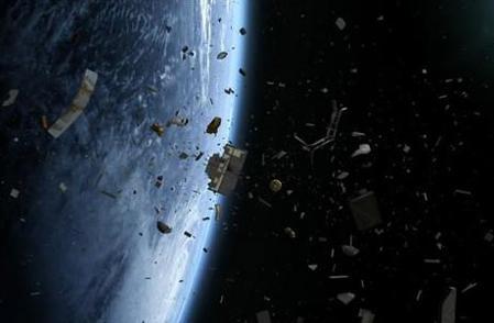 """格雷解释称,这些太空残骸是由非常特殊的材料制成,它们成本较高,很难制造,人们很容易将它们当作一种等待使用的资源。该观点产生的问题是如何有效地捕获和利用这些""""资源""""。"""