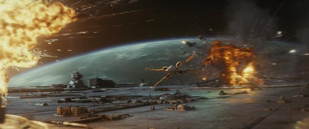 (《星球大战:最后的绝地武士》剧照,图自 IMDb)