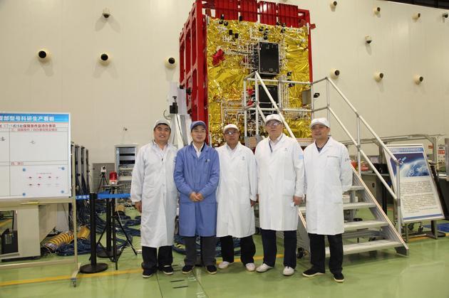 实践-13/中星-16卫星及部分研制人员