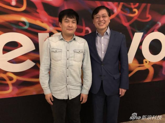 联想集团董事长兼CEO杨元庆(右)