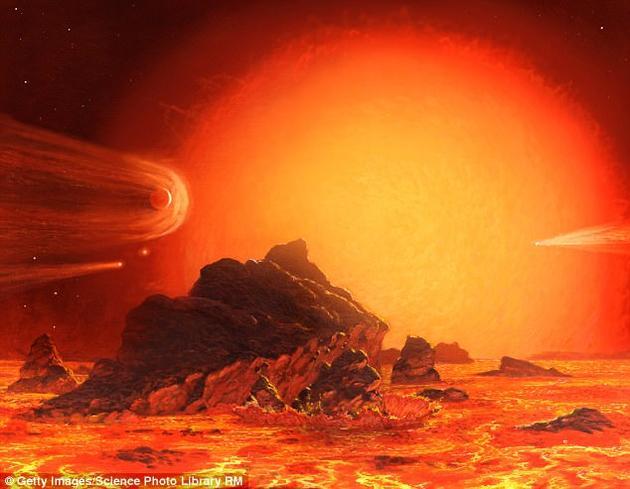 未来50亿年之后,地球上的生命将被超级炽热的太阳完全摧毁。20亿年之后,太阳在死亡之前将演变成为一颗白矮星,太阳体积将增长100多倍,完全吞噬水星和金星。图中是艺术家描绘的融化地球