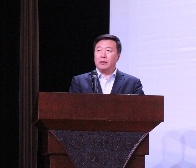 全国航空工业职业教育教学指导委员会秘书长刘柱宣布比赛开幕