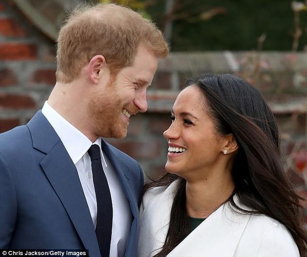 """被问起什么时候意识到梅根・马尔科(Meghan Markle)是自己的真爱时,哈里王子表示,""""第一次见到她,我就已了然于心。""""不过,一项由荷兰格罗宁根大学开展的新研究对""""一见钟情""""这种说法发起了质疑。"""